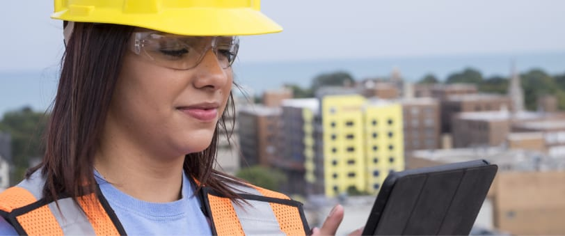 construction_woman_with_tablet